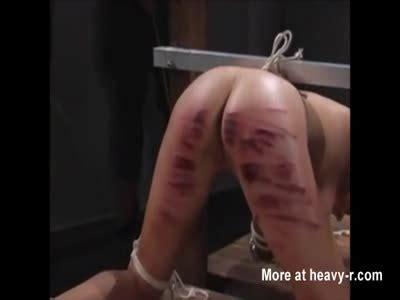 brutal and bloody japanese flogging porn jpg 400x300